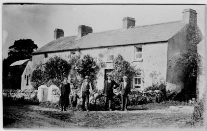 family.(Jane)Mitchellhomestead.Ballisodare, Ireland 001